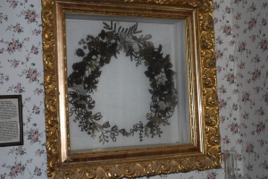 Wreath made of human hair
